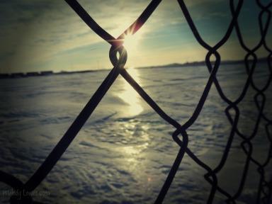 fence glow