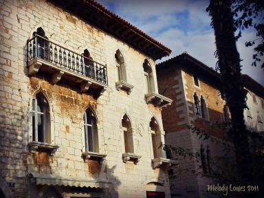 Romeo balcony