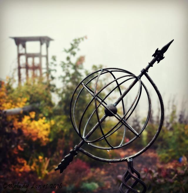 foggy-gardenscape